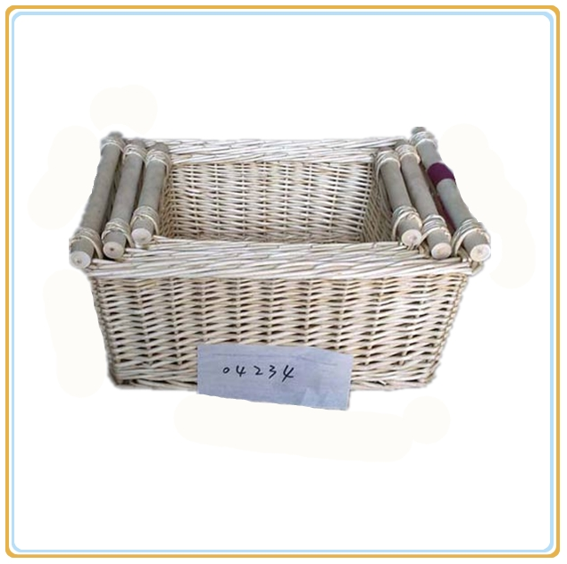 Wicker basket sets with wooden handles